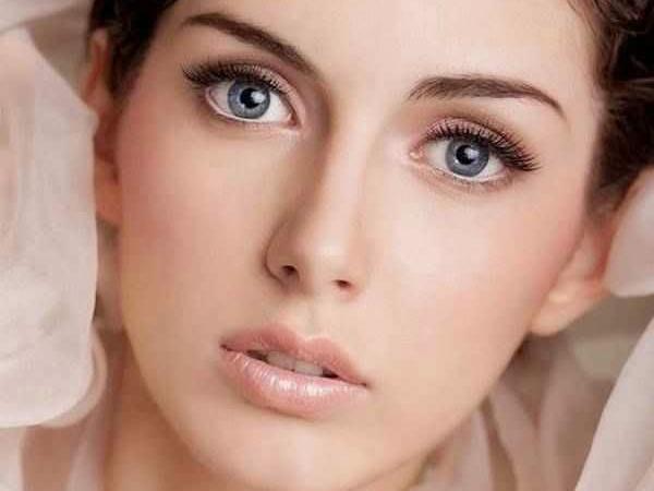 Идеи макияжа для голубых глаз