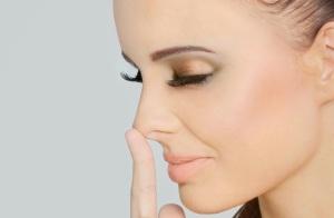 Как сделать нос меньше с помощью косметики: лучшие хитрости для девушек