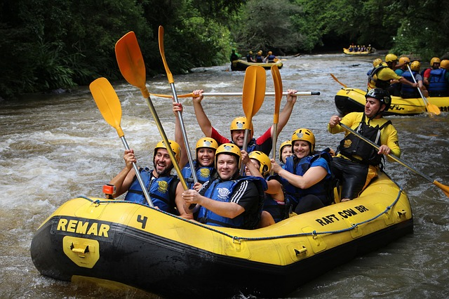 rafting-679690_640