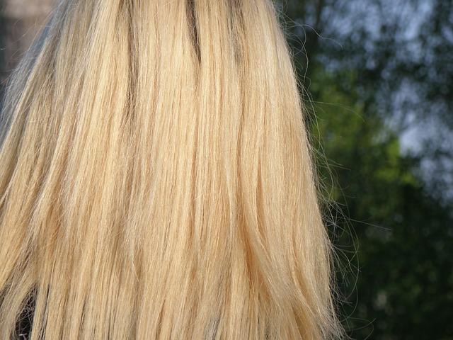 В какой цвет красить волосы