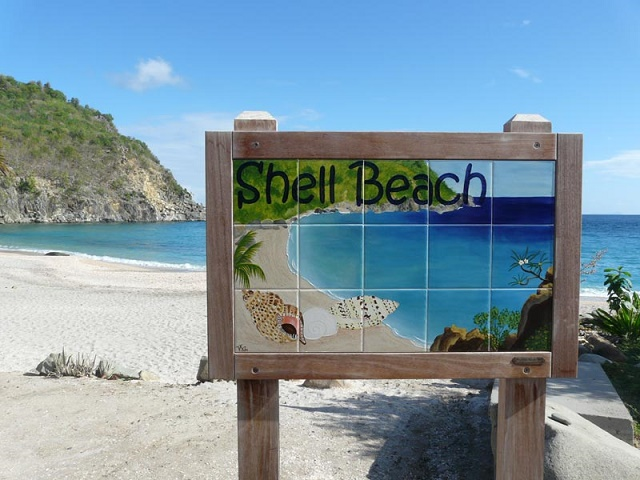 10 необычных пляжей мира