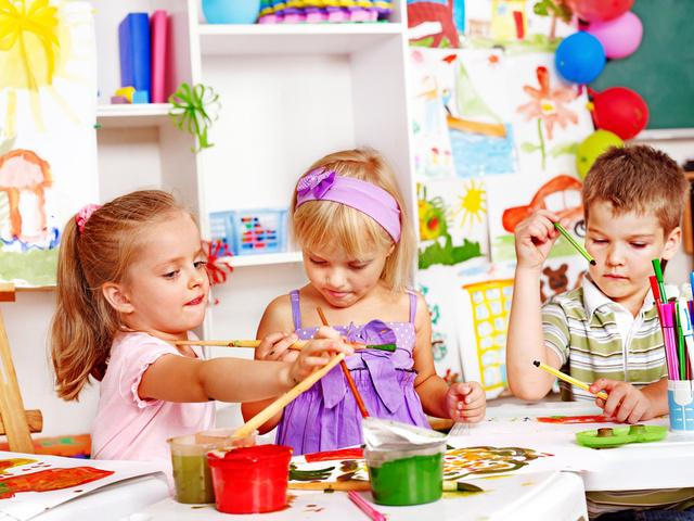 встреча детей в детском саду 1 сентября