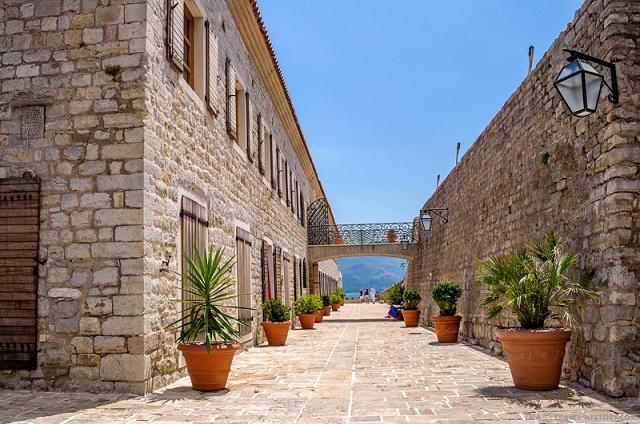 что стоит посмотреть в Черногории