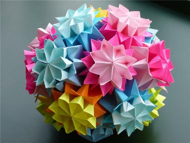 сделать большой цветок из бумаги своими руками