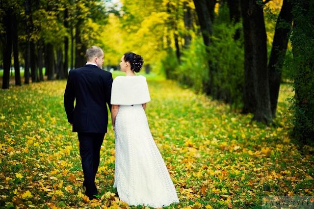 где можно провести свадьбу осенью