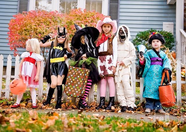 чем развлечь детей на Хэллоуин