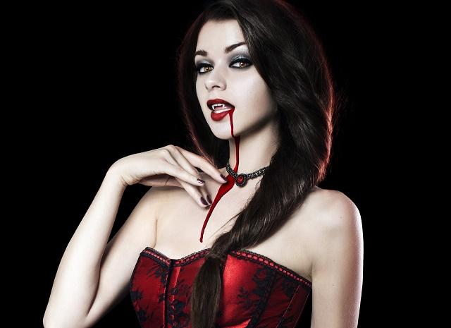 костюм вампирши на Хэллоуин своими руками
