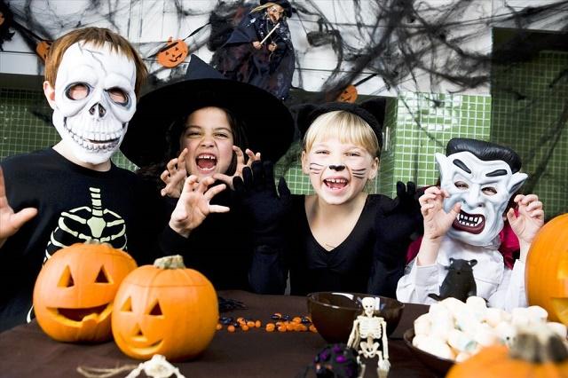 Хэллоуин для детей своими руками