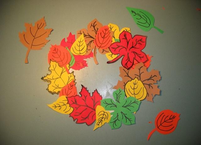 поделки из бумаги осенние листья