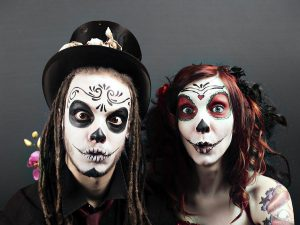Лицо на Хэллоуин: как сделать его страшным и оригинальным одновременно