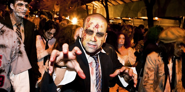 образ зомби на Хэллоуин