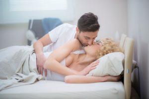 Можно ли заниматься сексом во время месячных: мы дадим вам все ответы на этот вопрос