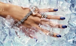 Как правильно подобрать уход за руками зимой, чтобы кожа оставалась нежной