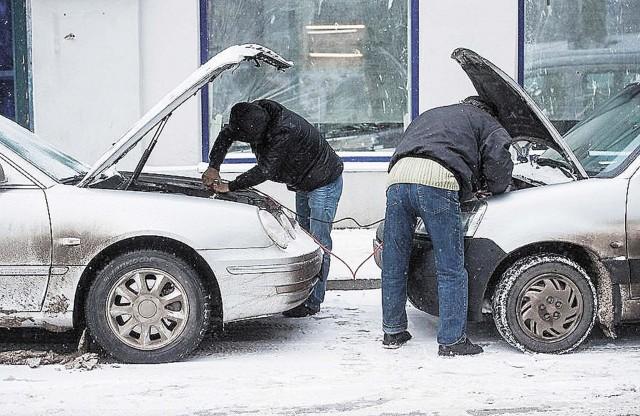 как заводить авто зимой