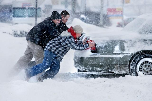 почему не заводится машина зимой