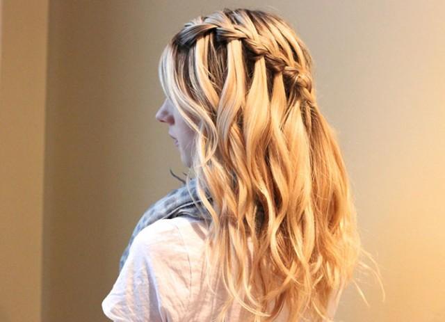 Прически на средние волосы на Новый Год