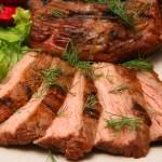 Мясные блюда на Новый год 2017: статья для мужчин о 3-х простых рецептах