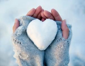 Если у тебя перемерзли руки в холодное время — тебе важно знать, как их отогреть