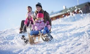 Чем занять ребенка зимой: 30 советов, которые вам точно помогут