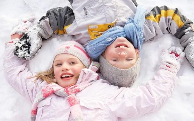 чем занять зимой ребенка