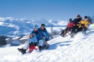 Какие есть игры на снегу: 7 интересных вариантов для вас и детишек