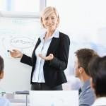 Куда деть свои руки во время встречи, собеседования или выступления?