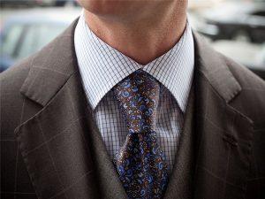 Как завязать галстук: самые простые инструкции со схемами