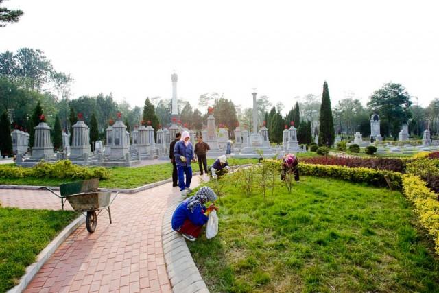 на кладбище на Пасху нельзя