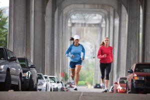 Как выбрать партнера по бегу: узнай и запланируй утреннюю пробежку!