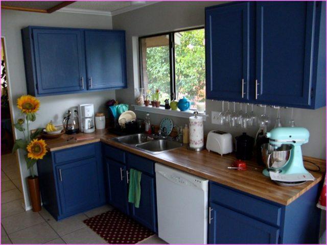 цвет для кухни синий
