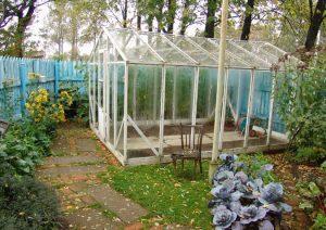 Подготовка теплицы к зиме: список дачных работ на осень