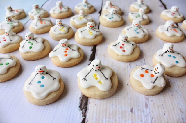 ginger-stick-and-mini-melting-snowmen-014