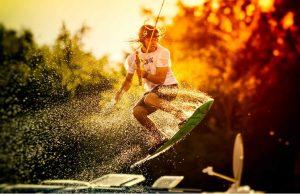 Вейкбординг — крутой экстремальный спорт для любителей досок
