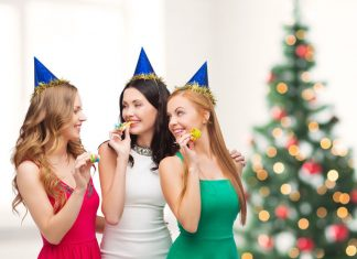 Как отметить Новый год на работе, если вы трудитесь в новогоднюю ночь?
