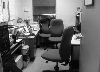 Как обустроить дизайн маленького офиса