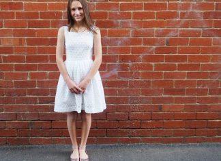 Платья на выпускной миди: 26+ интересных моделей средней длины