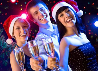 Узнайте, как встречать старый Новый год 2017 креативно, чтобы не повторяться